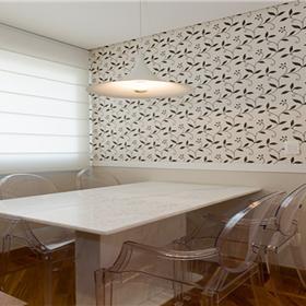 Papel de parede estampado com textura em alto relevo